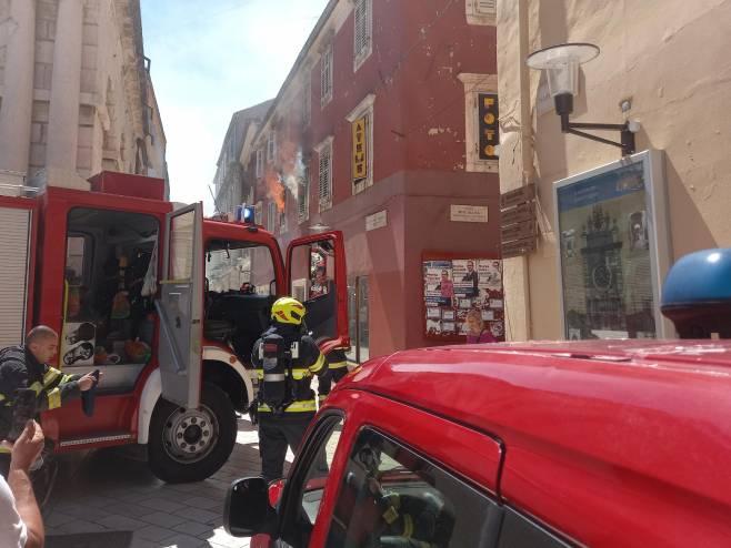 Пожар у Задру (фото: Zadarski.hr)