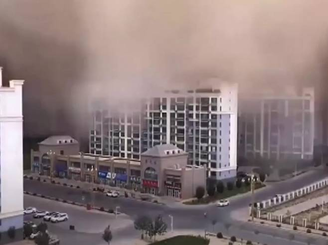 Пјешчана апокалипса у Кини (Фото: Screenshot/YouTube)