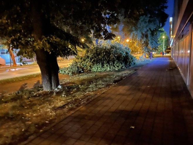 Banja Luka: Posljedice nevremena (Foto: RTRS)