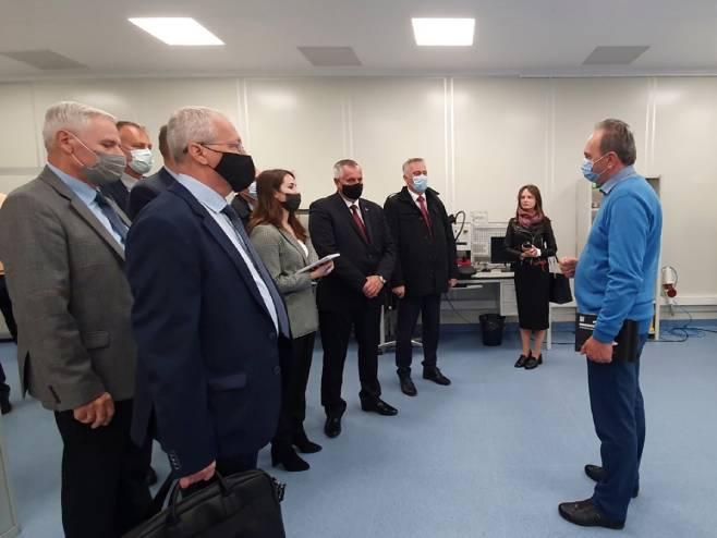 """Radovan Višković u Sankt Peterburgu, obilazak """"Tehnoparka"""" - Foto: Twitter"""