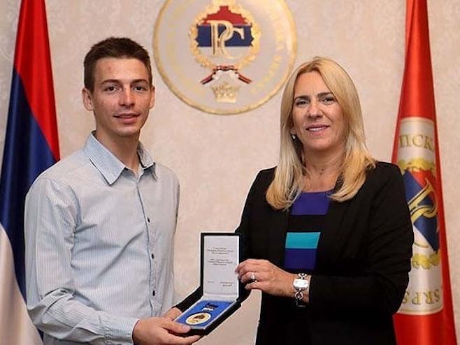 Prijem kod predsjednice (Foto:instagram.com/zeljka.cvijanovic) -