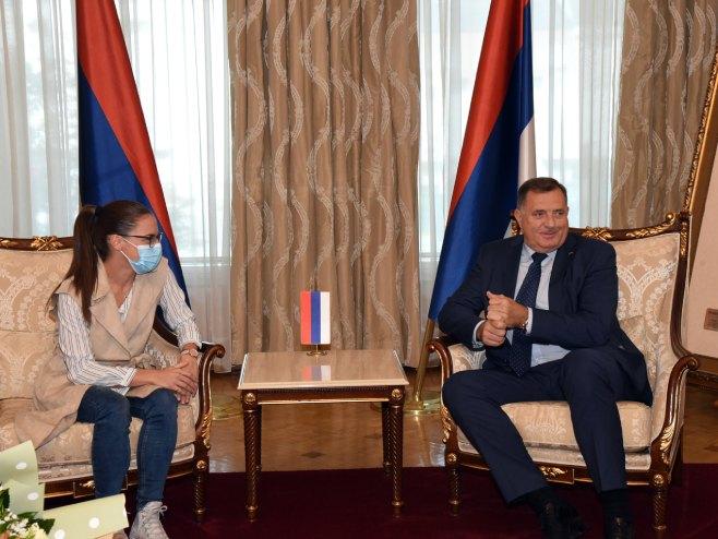 Milorad Dodik i Jovana Preković - Foto: SRNA